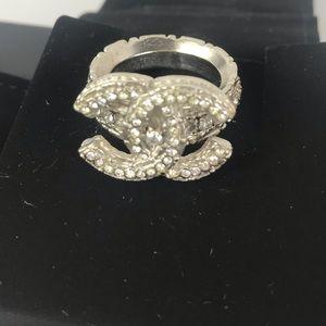 💎Gorgeous 💎diamond Chanel silver ring